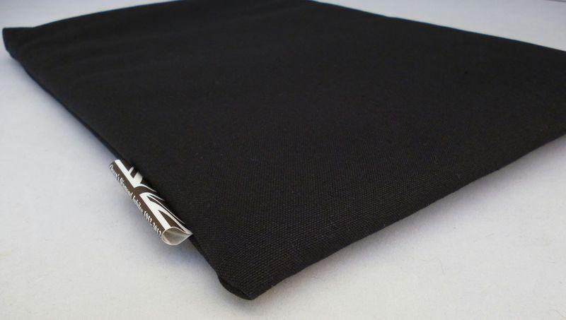 Blackcanvaslaptopsleeve